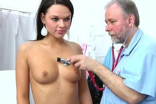 Další nutné dráždění klitorisu