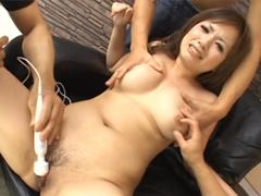 Luxusní mokrý orgasmus asiatky