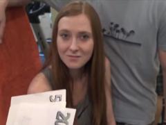 Česká holka šoustá za prachy ve fitku