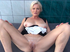 MILF porno videa ke stažení zdarma
