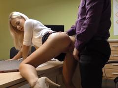 České porno – blondýnka souhlasila se sexem